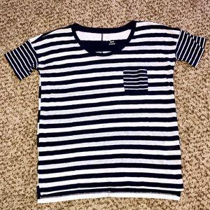 Old Navy Boyfriend T-Shirt Size XS